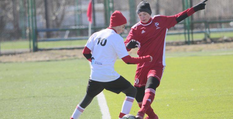 Команда 2004 г.р. Барнаульской Федерации Большого Футбола дебютировала в Региональном турнире по футболу «Алтайская весна» среди юношей 2004 г.р.