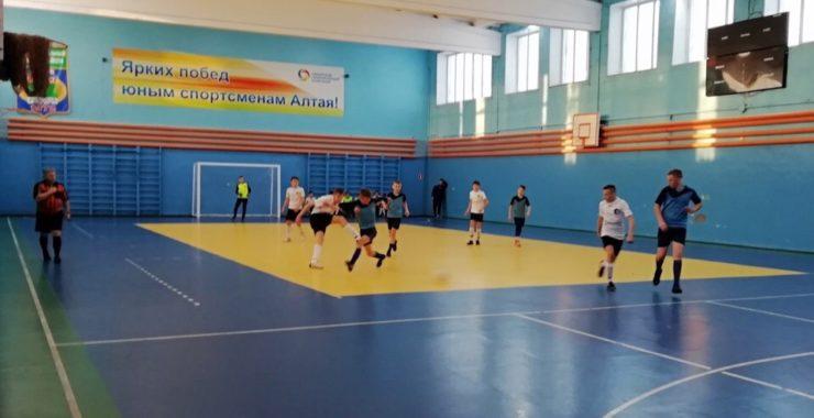 Победителями первенства Алтайского края среди юношей 2004 г.р. стали представители Камня-на-Оби